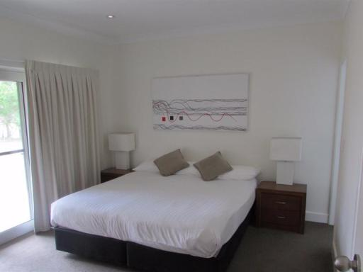 Moore Park Apartments hotel accepts paypal in Armidale