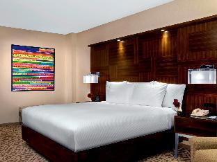 room of Hilton Times Square Hotel