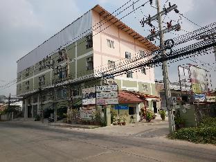 Freesia Bangphi Guest House, Bangkok, Thailand