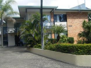 Review Palm Court Holiday Apartments Hervey Bay Hervey Bay AU