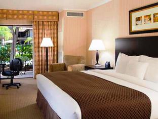 Best PayPal Hotel in ➦ Claremont (CA): Hotel Claremont