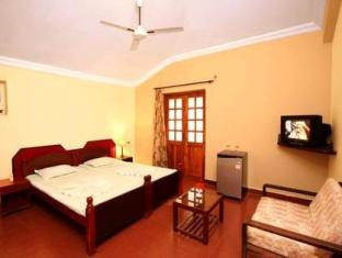 Colonia Jose Menino Resort South Goa - Suite Room