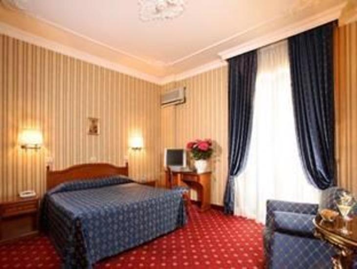 Hotel Pace Helvezia photo 2
