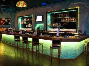 Dubai Marine Beach Resort & Spa Dubai - Nightclub