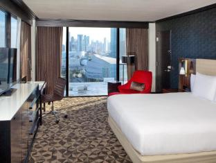 room of Hilton Miami Downtown Hotel