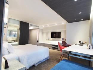 Nathan Hotel Hong Kong - Smart Plus Room