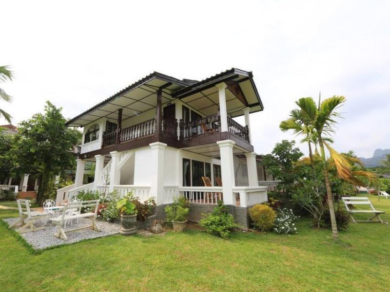 Thavonsouk Resort1