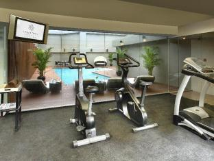Empire Hotel Hong Kong Wan Chai Hong Kong - Fitness Room