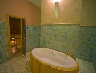 St.Olav Hotel Tallinn - Bathroom