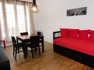 Apartment Rue Eugene Jumin Paris