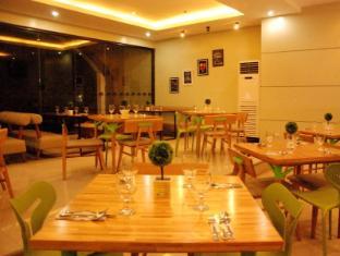 Mango Park Hotel Cebu City - Restaurang