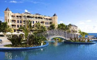 Hilton Hotels Booking by Hilton Hilton Grand Vacations at The Crane