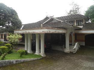 Villa Lapaloma Guest House