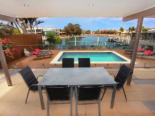 Review Tarcoola 49 Sunshine Coast AU