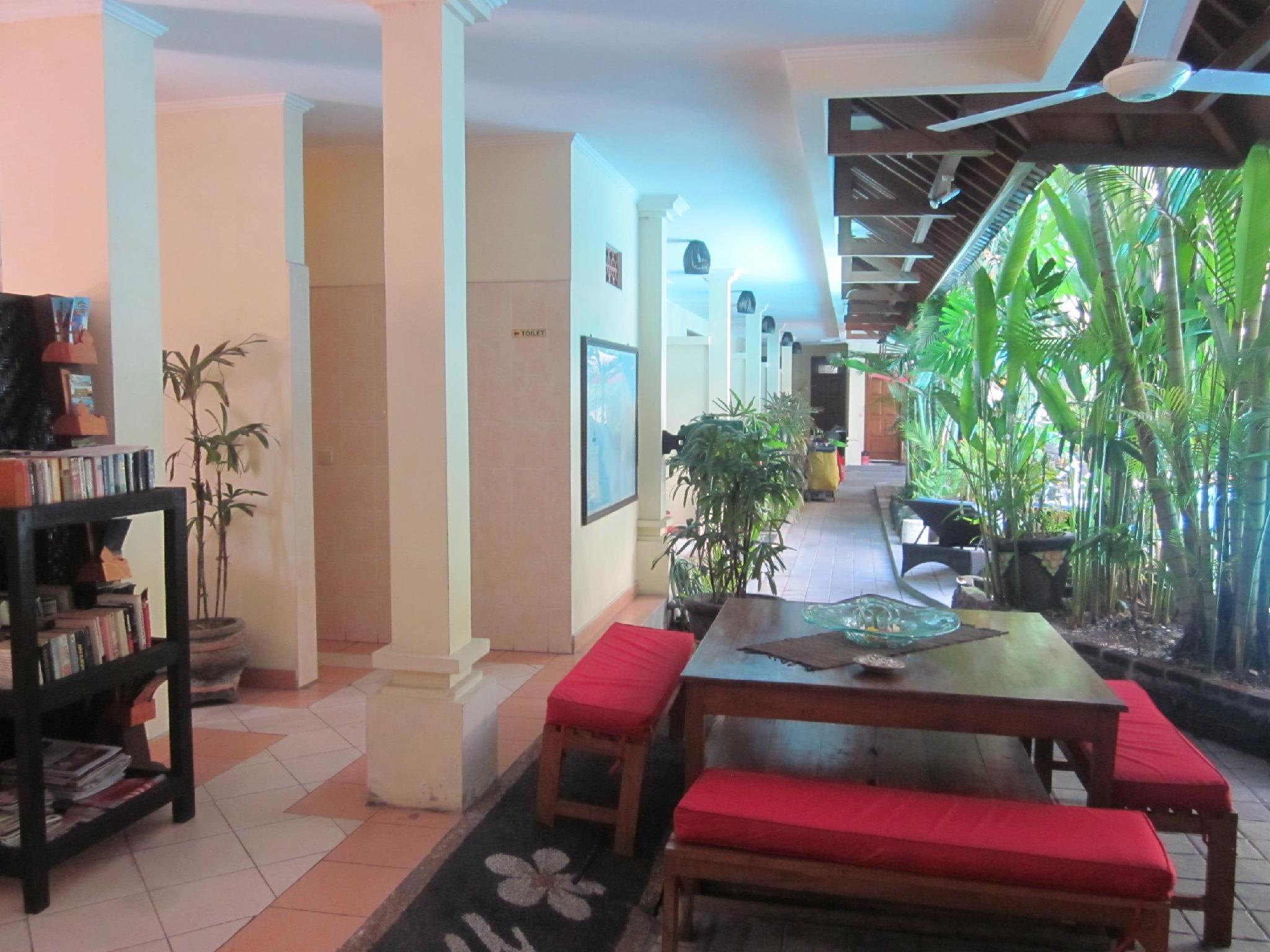 Hotel Secret Garden Inn Kuta - Jalan Popies I Kuta - Bali
