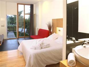 Best PayPal Hotel in ➦ Pirineo Aragones: