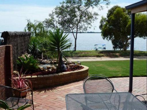 Best guest rating in Lake Boga ➦  takes PayPal