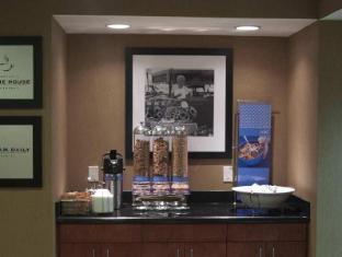 Hampton Inn and Suites Ankeny Iowa