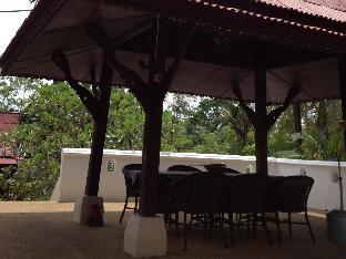 バン ゲーオ ヴィラズ Ban Kaew Villas