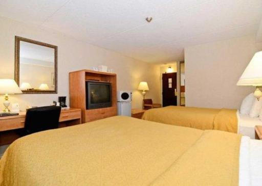 Best PayPal Hotel in ➦ Arnprior (ON):