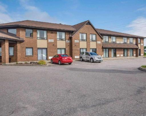 Comfort Inn Hotel in ➦ Baie-Comeau (QC) ➦ accepts PayPal