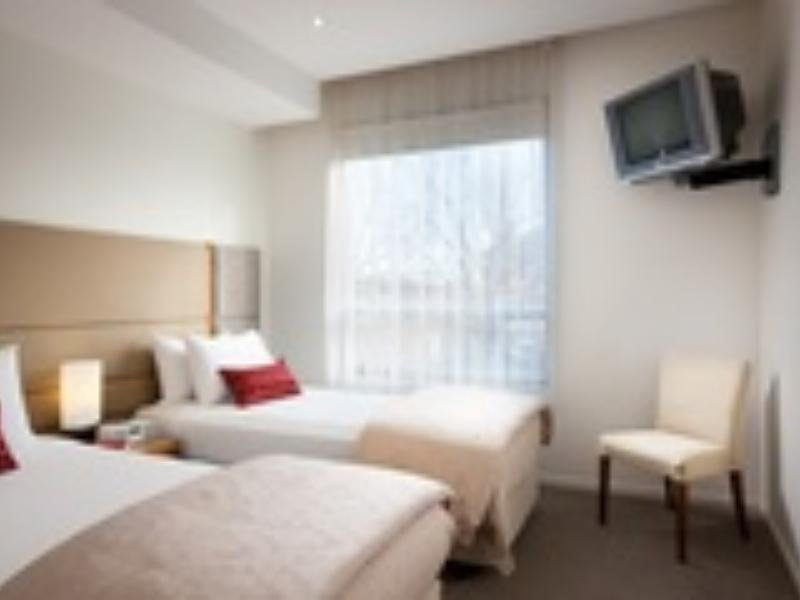 Deluxe Twin Bed Hotel Special Offer - Flexible Rate