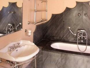 Locarno Hotel Rome - Bathroom