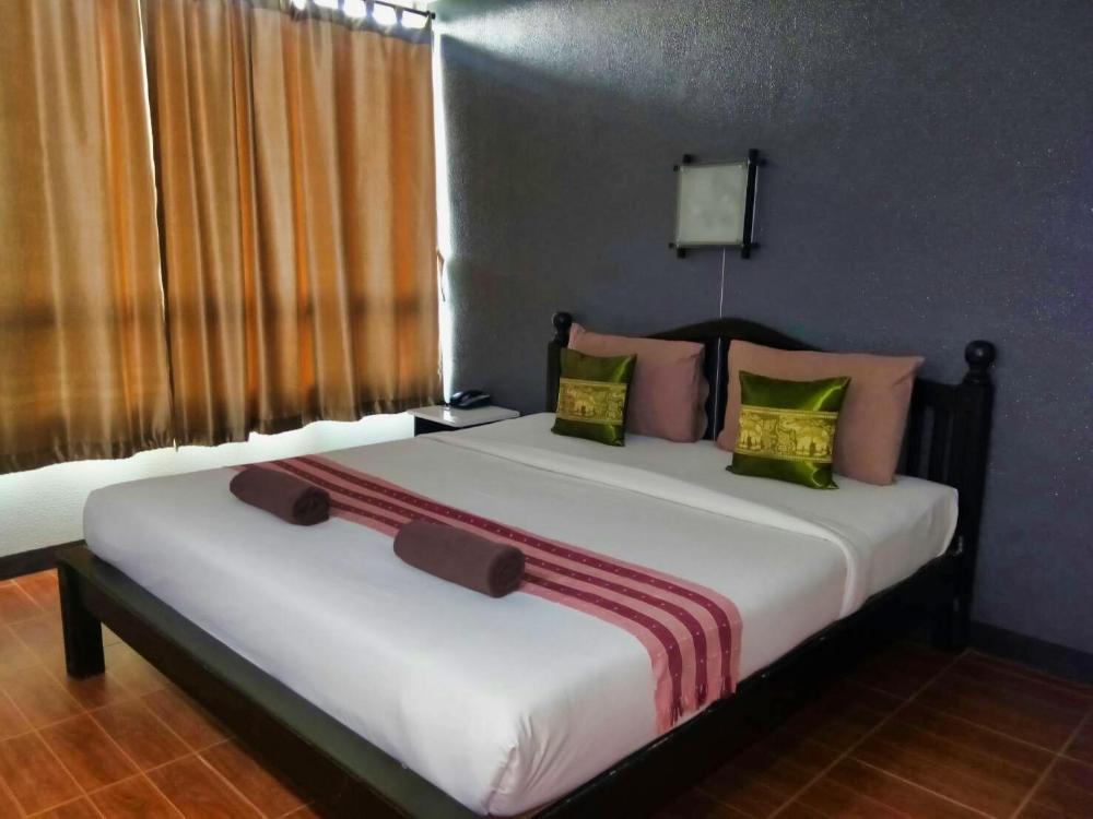 Kmkwanphayao Hotel