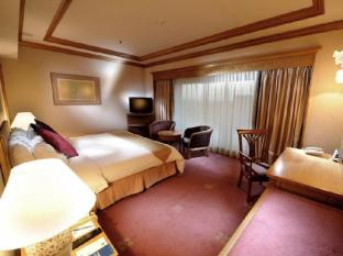 Riverside Majestic Hotel Kuching - Business Suite