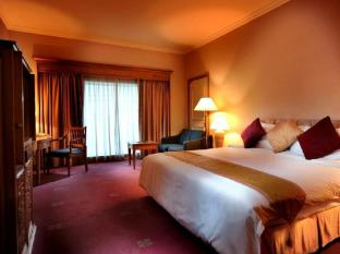 Riverside Majestic Hotel Kuching - Superior Deluxe King
