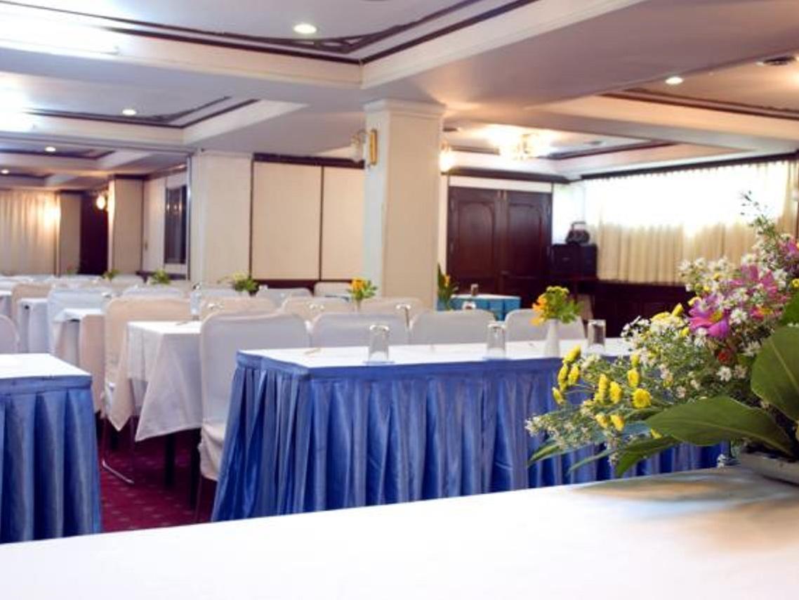 โรงแรมยูเรเซีย ชะอำ ลากูน