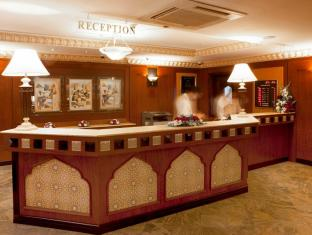 Landmark Plaza Hotel Dubai - Reception