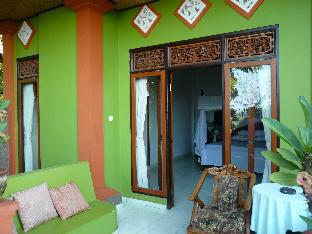 Cest Bon Cafe and Homestay