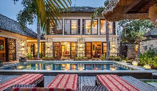 Villa Saffron Seminyak Bali