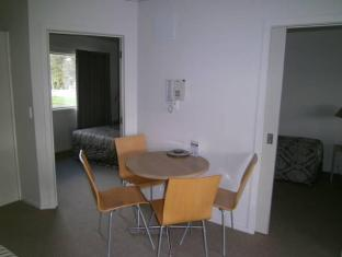 Anchorage Motel Apartments Te Anau - Interior