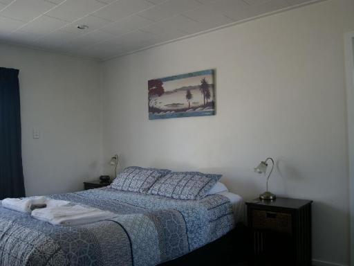 Best PayPal Hotel in ➦ Westport: Ascot Motor Lodge