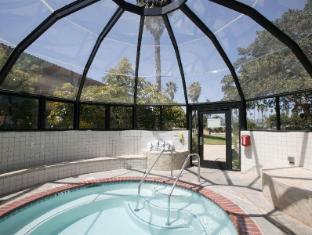 Best guest rating in Ventura (CA) ➦ Comfort Inn Ventura Beach Ventura takes PayPal