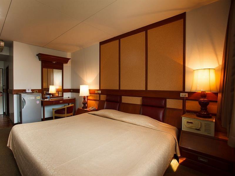 ナナ ホテル バンコク(NANA Hotel Bangkok)