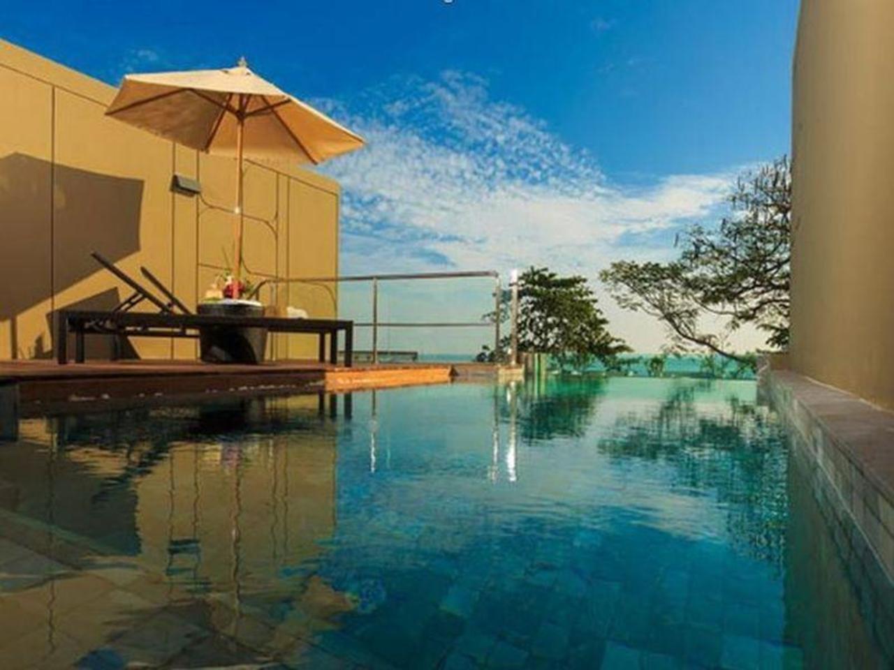เอ็กซคูซีฟ พูล วิลล่า บาย บ้านหาดงาม (Executive Pool Villa by Baan Haad Ngam)