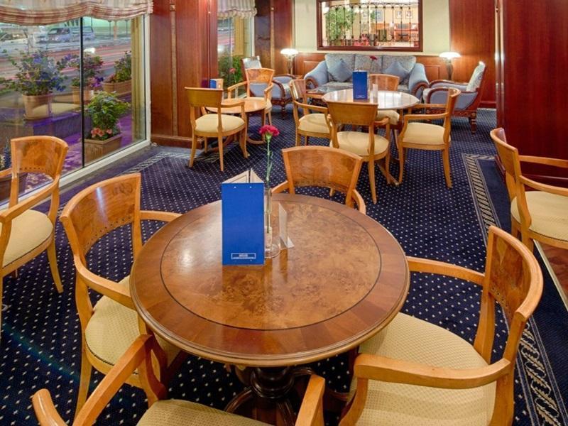 Riviera Hotel - Coffee Shop/Cafe