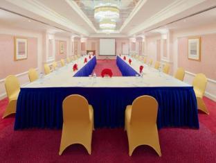 Riviera Hotel - Riviera Hotel Dubai - Maklis Al Sultan