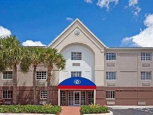 Candlewood Suites Miami Airport West