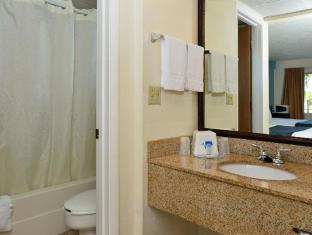 Americas Best Value Inn  - Bradenton, FL