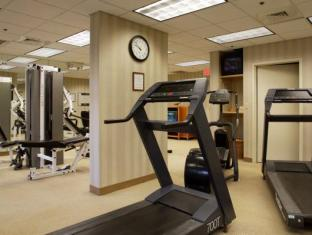 Paramount Plaza Hotel and Suites Gainesville (FL) - Fitness Room