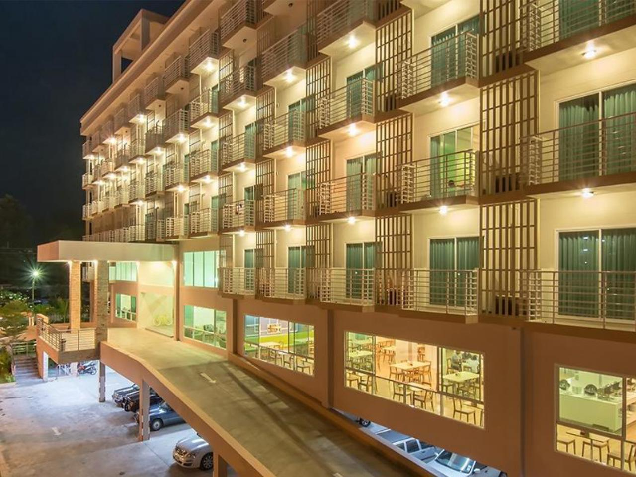 ประจวบ แกรนด์ โฮเต็ล (Prachuap Grand Hotel)