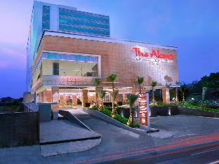 Alana Hotel and Convention Center – Solo by ASTON
