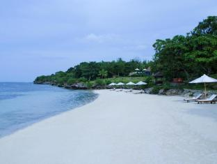 Eskaya Beach Resort and Spa Bohol - Ranta
