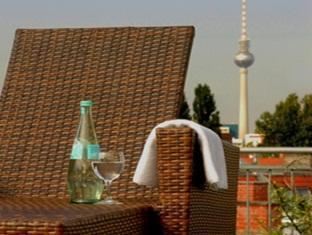 Upstalsboom Hotel Friedrichshain Berlin - Balcony/Terrace