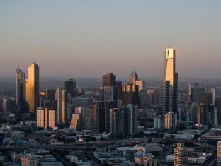 City Garden Hotel Melbourne - Eureka Tower Melbourne