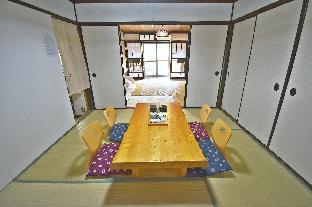 100-years old Japanese building,modern bath image